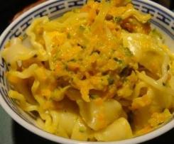 Pâtes courgettes/carottes/lardons: dîner express.