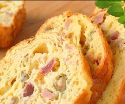 Cake aux olives jambon et noix