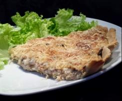 Tarte salée: poulet, champignons, bechamel.
