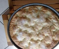 Gâteau brioché à la crème et au sucre