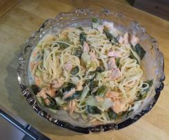 Spaghettis saumon cebette sauce cremeuse