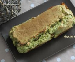 Cake aux poireaux, saumon et parmesan