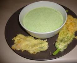 Fleurs de courgette en tempura et soupe froide de petits pois