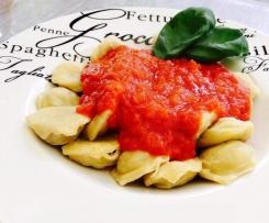 Raviolis de boeuf à la sauce tomate