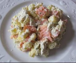 Salade de pommes de terre roseval et de saumon à la menthe