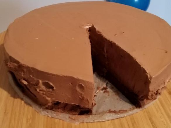 Gateau Mousse Au Chocolat Par Pimcassis Une Recette De Fan A