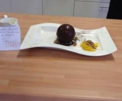 Sphère chocolat avec ses douceurs en surprise