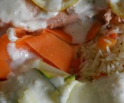 pavé de saumon, legumes riz sauce citron