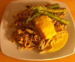 saumon vapeur, sauce safran et céleri branche