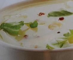 soupe de pommes de terre au comté  et huile de noix