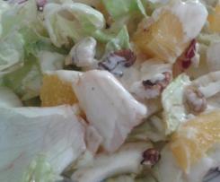 Salade au poulet/agrumes et omelette au fromage
