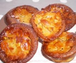 Petits moelleux aux pommes glaçage croquant