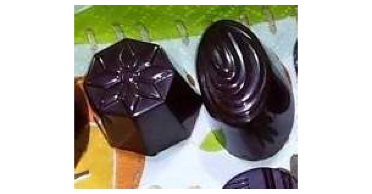 Chocolats Faits Maison Pr Bonbons De Fetes Par Emicuisine Une Recette De Fan A Retrouver Dans La Categorie Desserts Confiseries Sur Www Espace Recettes Fr De Thermomix Sup Sup