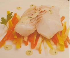Dos de cabillaud, sauce messine et ses petits légumes