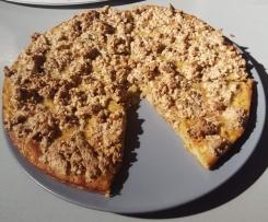 Fondant de pommes croustillant aux noix et sirop d'érable