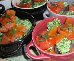 Tomates farcies aux escargots sur compotée de tomate (un régal)
