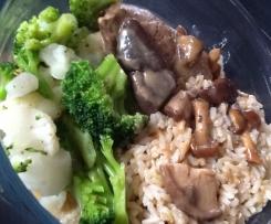 Paupiettes sauce champignons, riz et légumes