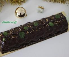 Bûche After Eight (mousse au chocolat, panna cotta menthe)