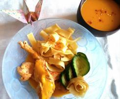 Velouté de carotte à l'orange, Aiguillettes de poulet en vapeur d'orange et piment d'espelette et ses légumes