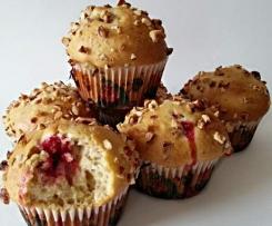Muffins aux framboises et noisettes