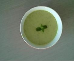 Soupe de courgettes à l'indienne