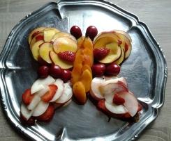 tarte aux fruits d été  revistee façon  fondue chocolat