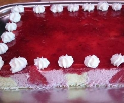 Gâteau mousse à la fraise