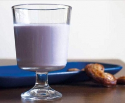 Lait secoué au raisin noir