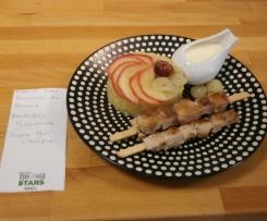 Brunoise aux 2 pommes, brochettes mignonnes acompagnées de sa sauce Pont-l'Evêque