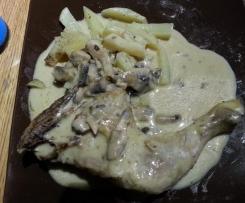 Cuisses de Poulet pommes de terre vapeur et sauce champignon