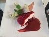Pavé de saumon en écailles de betterave, purée de céleri au chèvre sauce vin rouge de nos régions *Thermostars*