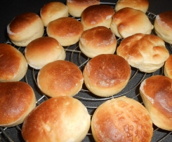 Navettes / pains traiteur à garnir