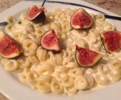 Sauce pour pâtes ricotta, figues et gorgonzola