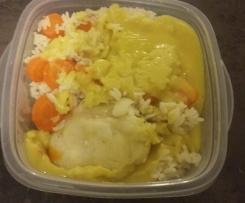 Filet de cabillaud sauce curry et des carottes et riz