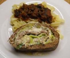 Roulé moelleux au fromage frais et poireau