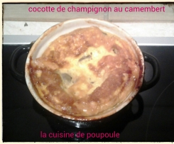 Mini cocotte de champignon des bois au camembert