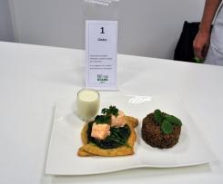 Feuilletés saumon - épinard et espuma crème de chaource accompagnés de sa salade de lentillons de Champagne