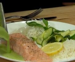 filet de saumon sauce citron et laitue
