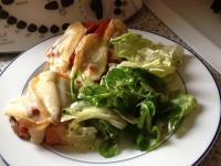 Servie avec une salade verte....