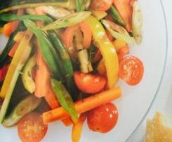 Légumes variés en marinade